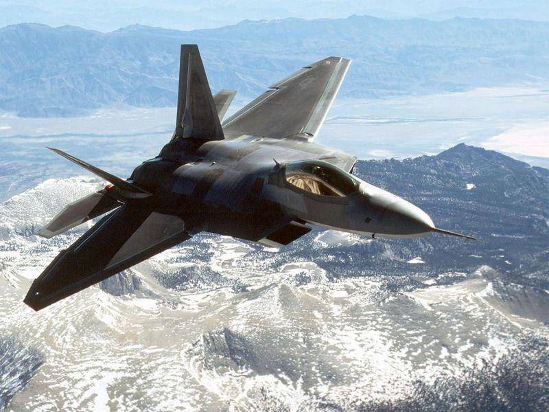 F-22-Raptor-11-VPGD912SI5-1024x768